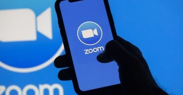 How to Use Zoom App on Mobile Phone featured img